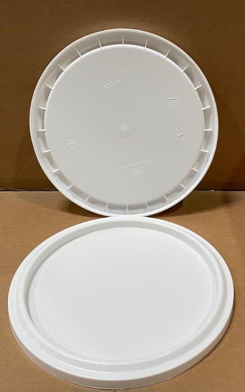 2.5 gallon     White    Plastic   Cover