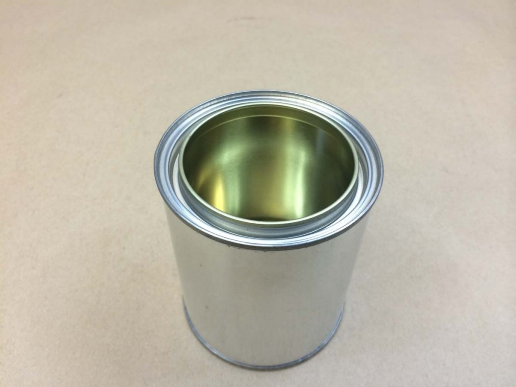 Pint   Open Head Silver  Paint  Tin   Can With Lid