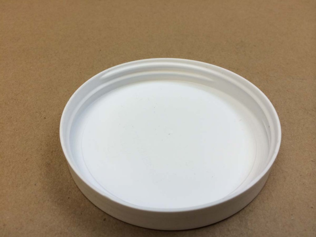 89 400 White  Smooth Sides/Smooth Top  Plastic   Cap