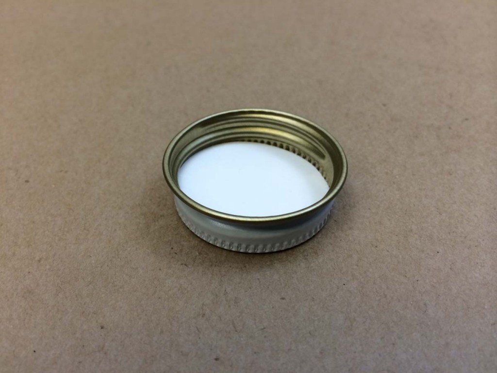 33 400   33 400 White  Round  Metal   Cap