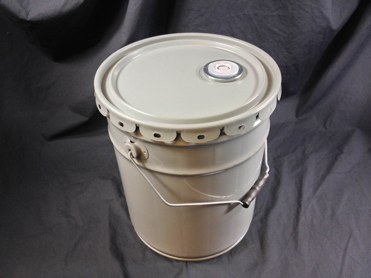 grey steel pail with grey spouted lug cover