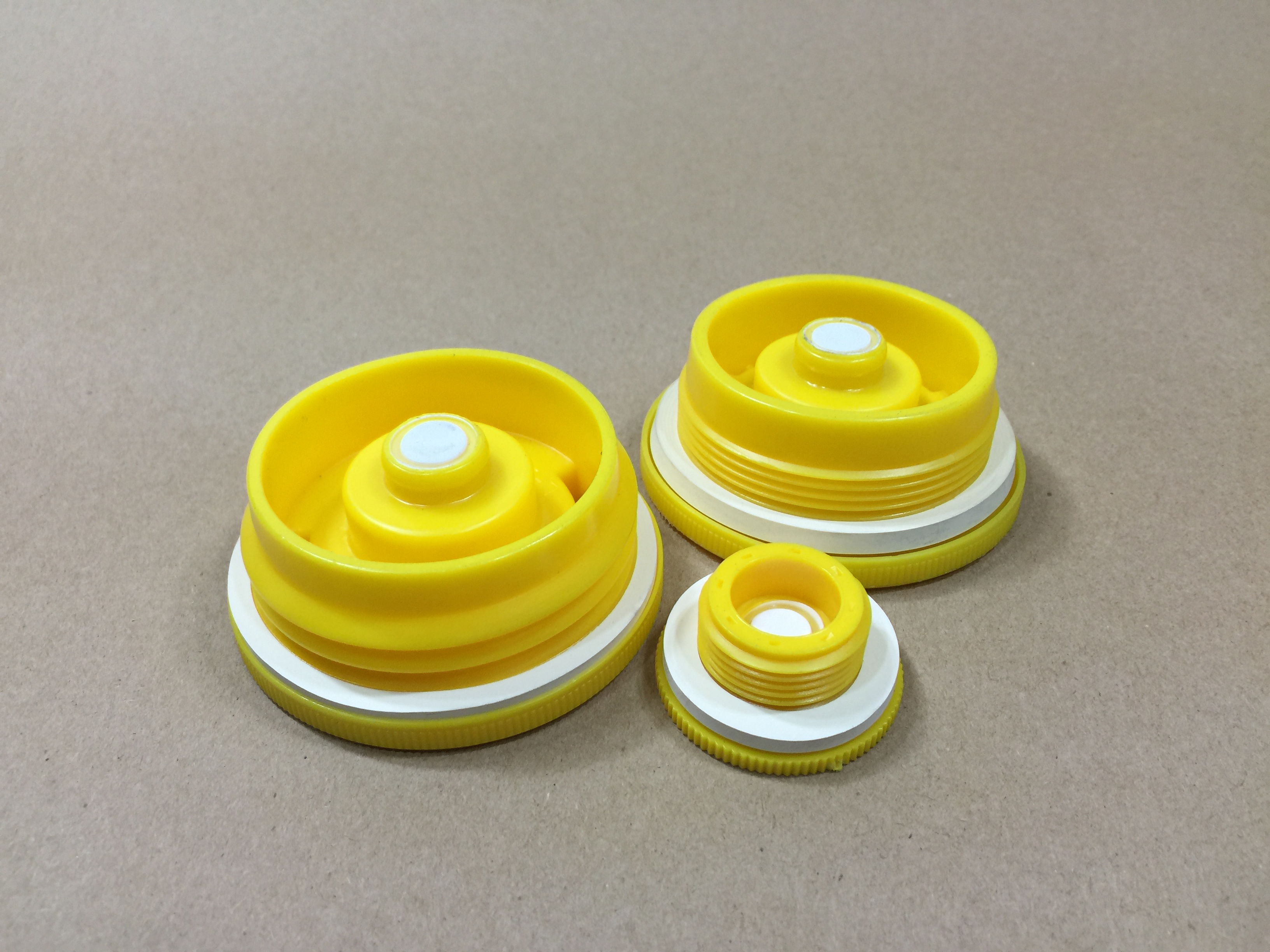 vented drum bungs, vented drum plugs, microporous vent plugs