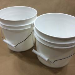 Plastic Buckets for Aquarium Supplies