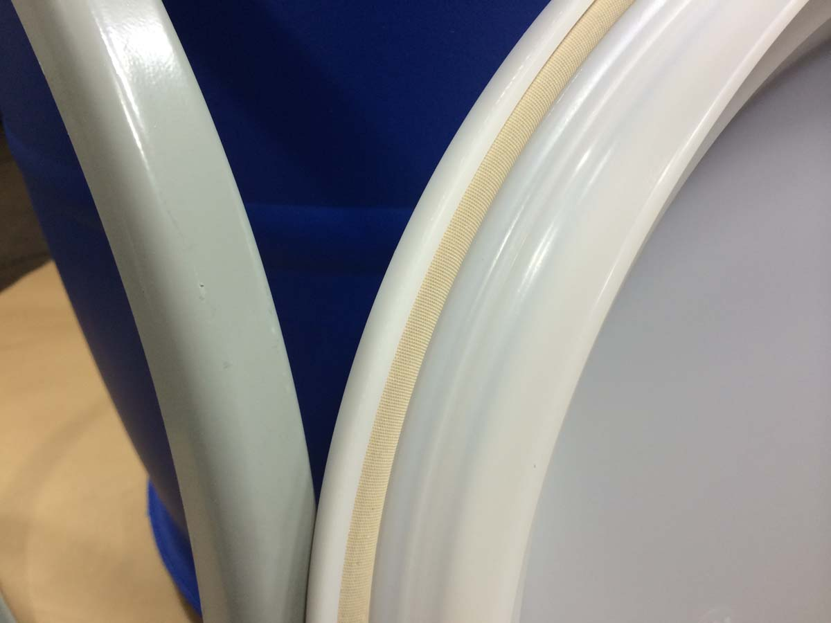 30 gallon OH plastic drum cover showing gasket | Yankee Containers ...