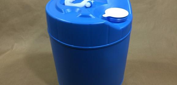 5 Gallon Round UN Plastic Tight Head Drums – Blue or Natural