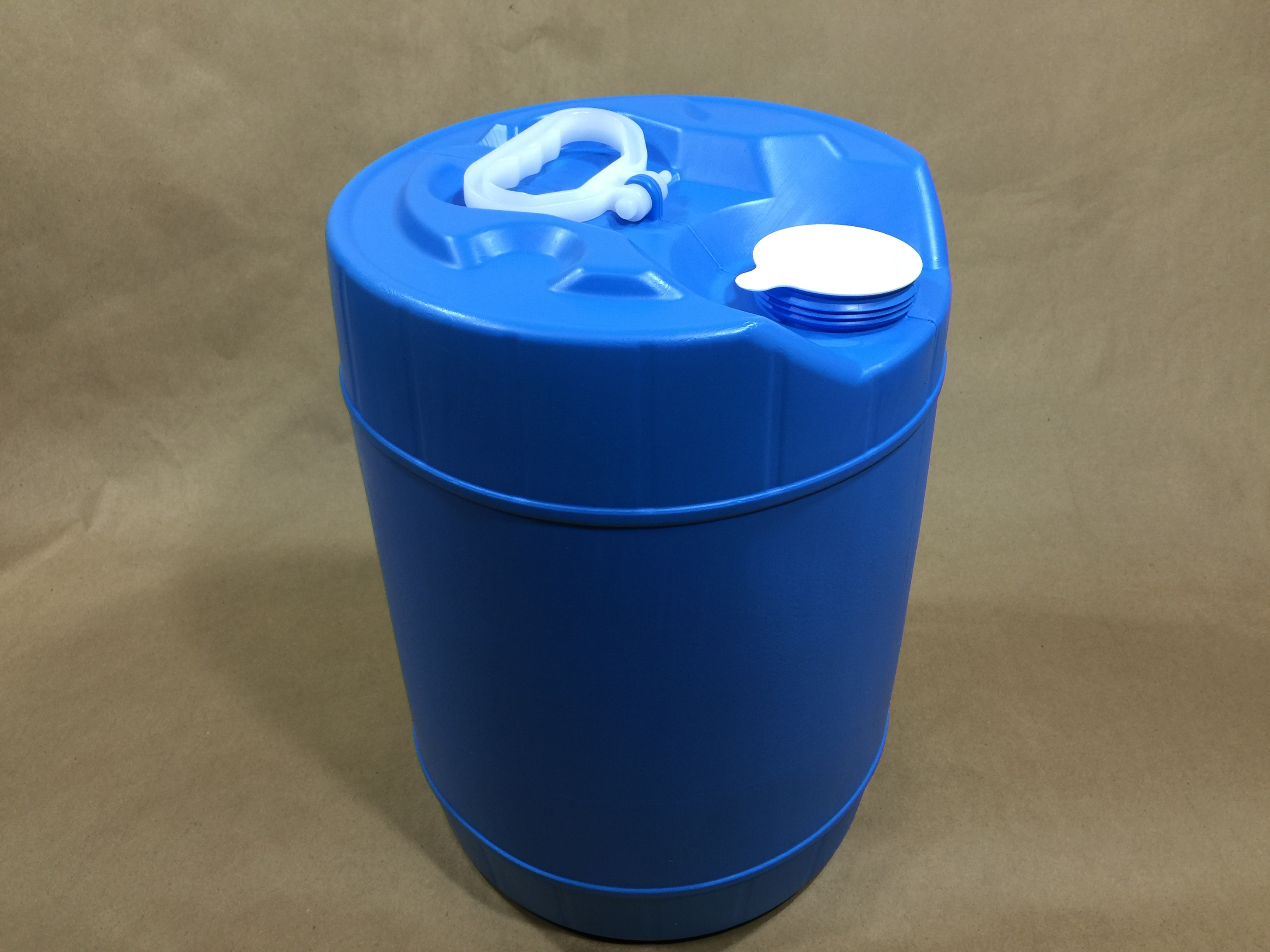 5 Gallon Blue Plastic Drum Nampac B201123 Yankee