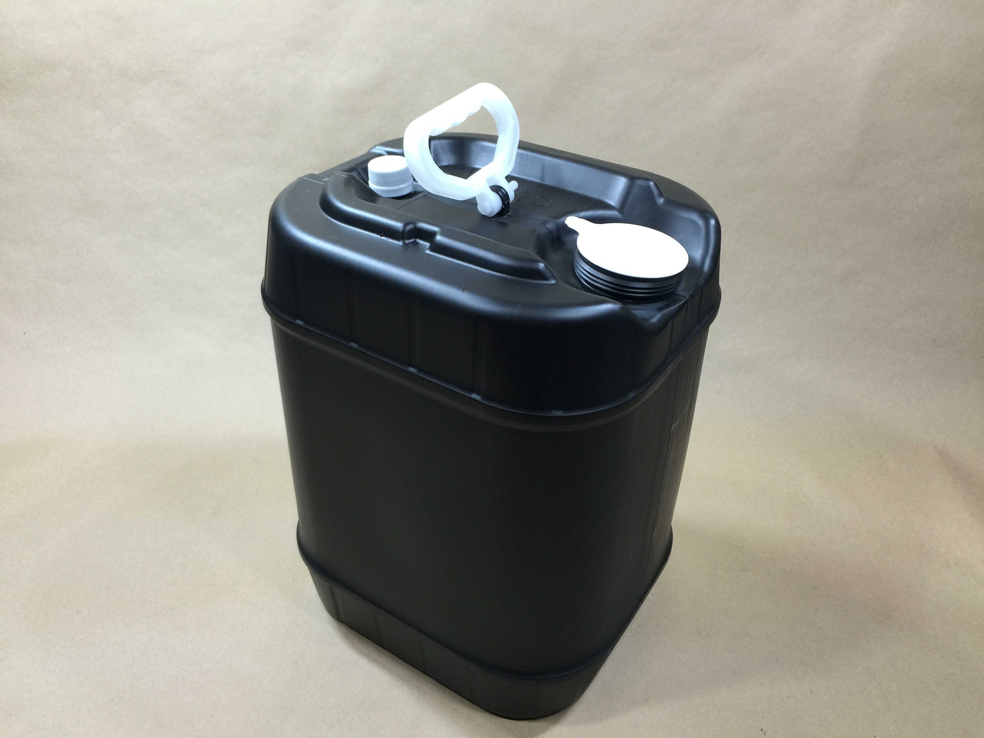 5 Gallon Black Rectangular Plastic Drum Nampac B305314